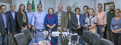 Governadora Fátima Bezerra se reúne com trade turístico e empresários de companhia aérea para tratar de voo Natal-Amsterdam